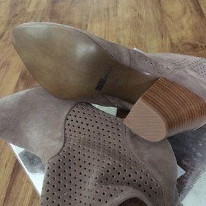 Matiko Shoes - NEW- MATIKO Marlin Bootie US Size 6